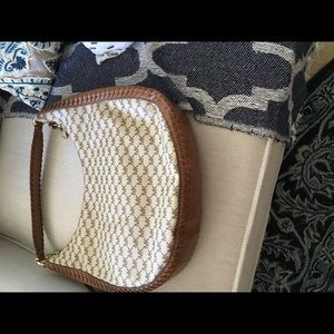 Michael Kors Bags - 💥EUC, Michael Kors signature hobo shoulder bag💥